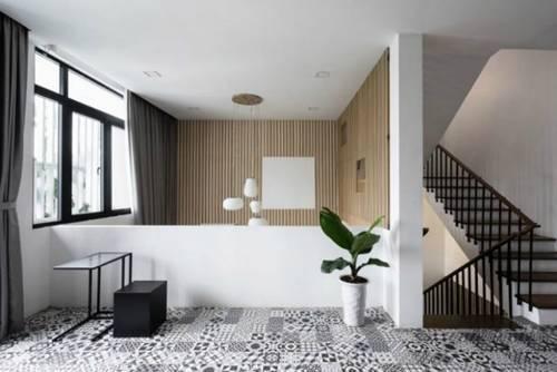 Căn nhà trắng muốt với ban công cây xanh lấp ló ở Hà Nội nổi bật trên tạp chí Mỹ