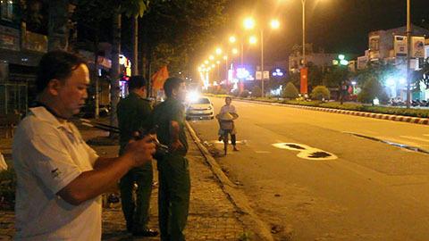 Ba thanh niên đâm nhau giữa phố vì chia ma tuý không đều