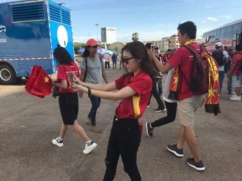 CĐV Việt Nam đến sân trận Campuchia vs Việt Nam