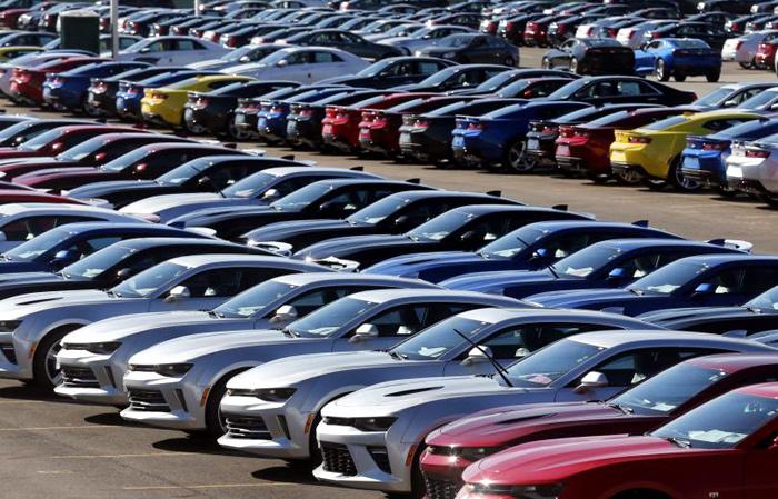 ô tô tồn kho, ô tô ế ẩm, ô tô đại hạ giá, ô tô khuyến mãi khủng