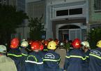 Cháy nhà 4 tầng bị khóa trái, 1 thanh niên tử vong