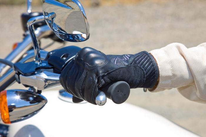 7 lỗi thường gặp của dân mới chạy mô-tô côn tay