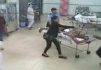 Hà Nội: Truy sát ở bệnh viện, 3 người thương vong