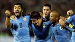 Suarez ghi bàn không thể ngờ, Uruguay tiến sát vé đến Nga