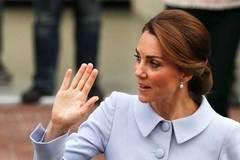 Đăng ảnh công nương Kate lộ ngực, báo Pháp bị phạt
