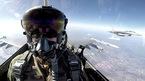 Cảnh tượng từ buồng lái chiến cơ F-16 khi nã bom