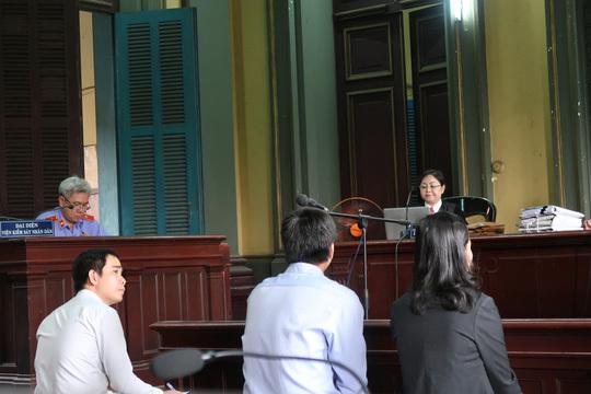 Vợ chồng đại gia cà phê Trung Nguyên lại lôi nhau ra tòa