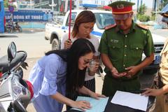 Sau clip lớn tiếng với cảnh sát giao thông, kiều nữ Ngọc Lan khẳng định: 'Họ đã thách thức tôi'
