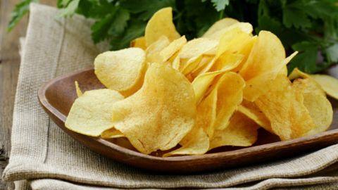 """Những đồ ăn bạn nên """"từ mặt"""" ngay để giảm cân thành công"""