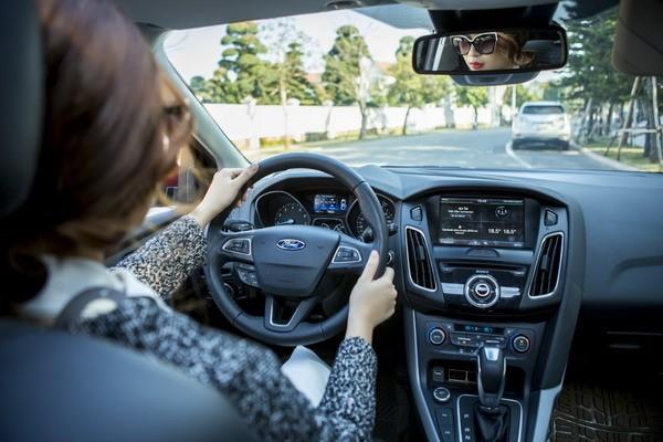 8 bí quyết cho người mới lái xe ô tô