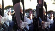 Hành động của tài xế xe buýt khiến người xem kinh sợ