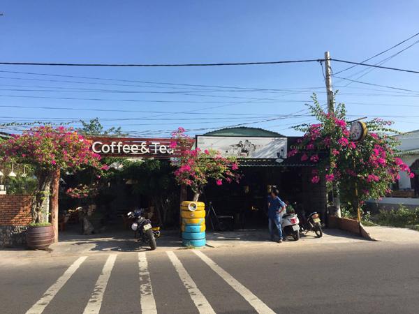 Mâu thuẫn trong quán cà phê, thanh niên 19 tuổi bị đâm chết