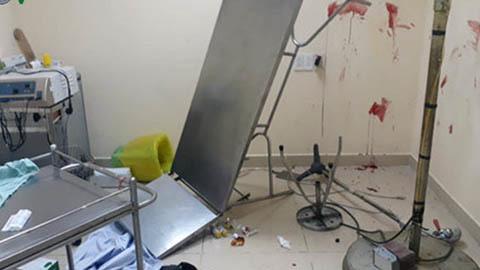 Bịt mặt xông vào bệnh viện quân y nổ súng truy sát