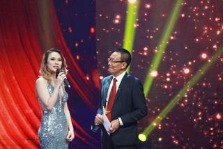 Khán giả nhờ MC Lại Văn Sâm hỏi Mỹ Tâm bao giờ lấy chồng