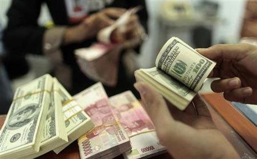 Euro/USD biến động chưa từng có: Bí ẩn khiến nhà giàu lo sợ