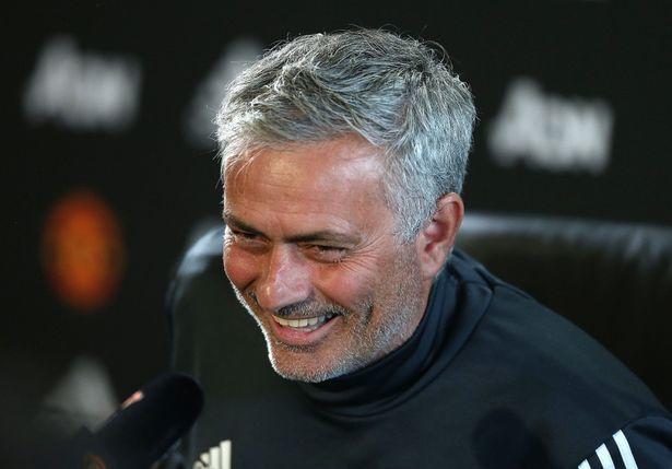 MU gia hạn với Mourinho, Ronaldo kéo De Gea về Real