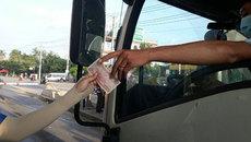 Tài xế đồng loạt dùng tiền lẻ, BOT Biên Hòa phải xả trạm