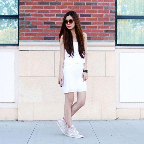 Cách phối váy với giày thể thao một cách hoàn hảo