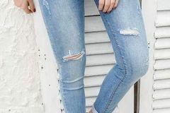 Các kiểu quần jeans nữ cá tính