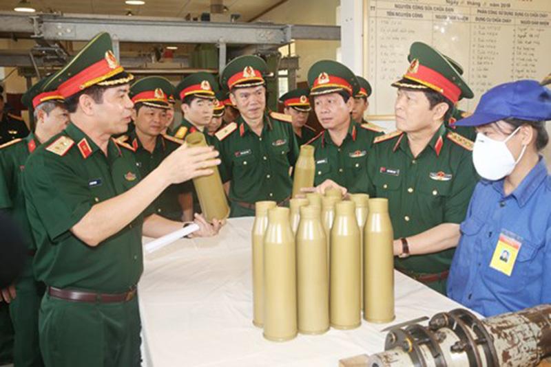 Đại tướng Ngô Xuân Lịch, Bộ quốc phòng, quân đội, Cục quân khí