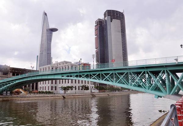 vết nứt, cầu Mống, cầu 125 tuổi, Sài Gòn