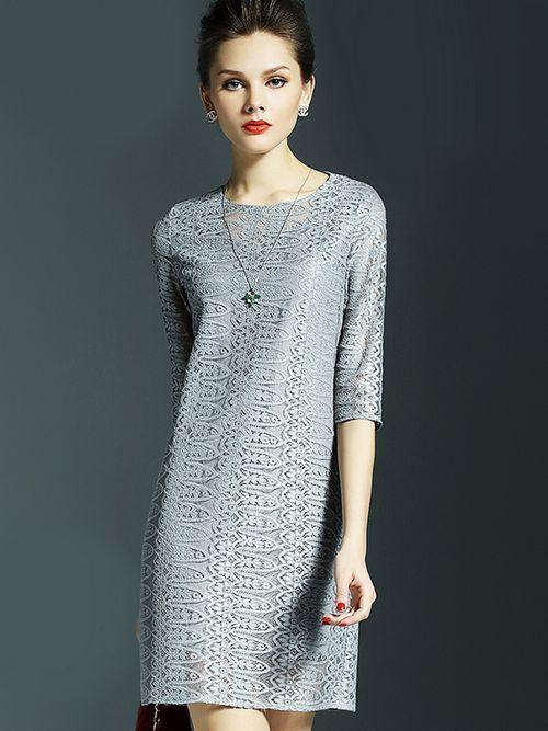 Đầm suông dành cho quý cô tuổi trung niên