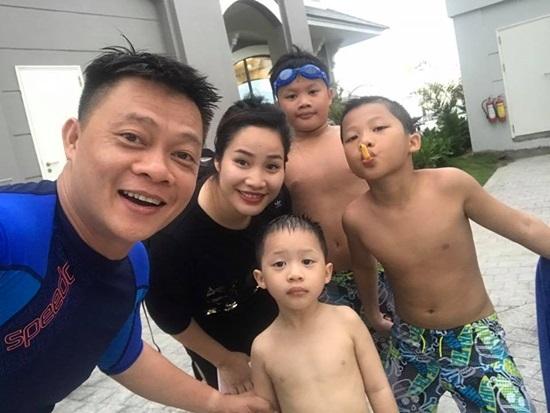 MC Quyền Linh, Thanh Hằng, Xuân Bắc, Vũ Cát Tường, Thanh Thảo