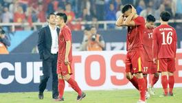 """VFF gặp HLV Hữu Thắng """"mổ"""" SEA Games: Có cần khơi lại nỗi đau?"""