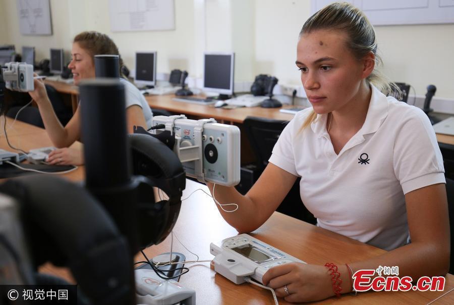 nữ phi công, Nga, hàng không