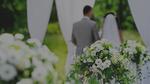 Giây phút dâu rể tiến vào, đoạn nhạc bi ai cất lên khiến hai họ tái mặt