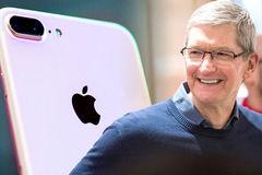 Tim Cook: iPhone không phải chỉ dành cho người giàu