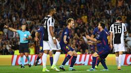 Messi bùng nổ, Barca nhấn chìm Juventus