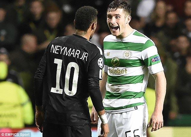 Bị hậu vệ Celtic cười nhạo, Neymar phản ứng không ngờ