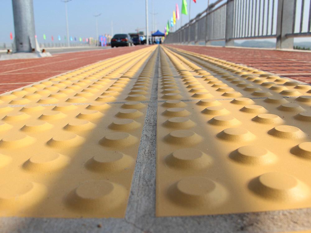 cầu Bắc Luân II, Móng Cái, Quảng Ninh, Trương Hòa Bình