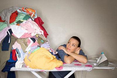 Mẹo hay giúp quần áo luôn thẳng nếp, chẳng cần là