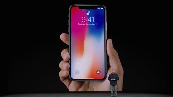 iPhone X gặp sự cố với tính năng Face ID tại buổi ra mắt