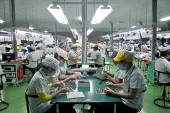 Lương 10 triệu: Vợ chồng công nhân khó sống