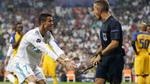 """Bị từ chối bàn thắng, Ronaldo """"nổi xung"""" với trọng tài"""