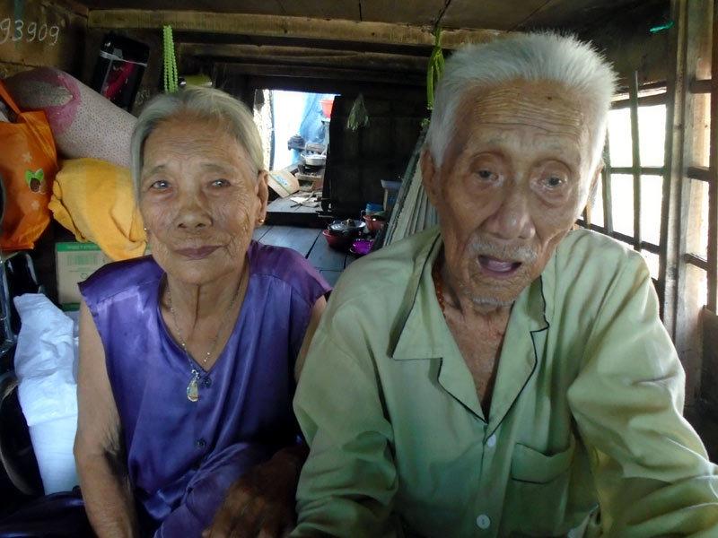 Vé số, Tình yêu, Người cao tuổi