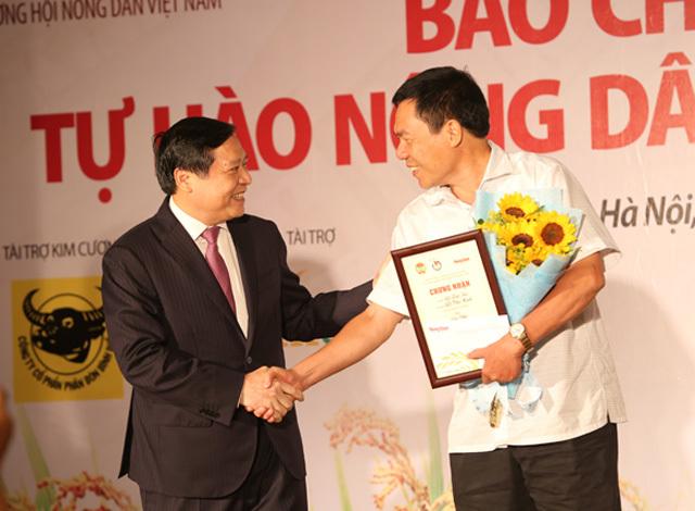 Phóng viên VietNamNet đạt giải nhì viết về Tự hào Nông dân Việt - ảnh 1