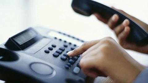 Cho bạn mượn điện thoại, cô gái 'è cổ' trả hơn 1,1 tỷ tiền cước