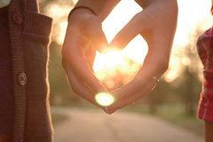 Vợ chồng đừng bao giờ buông tay vì bất cứ lý do gì