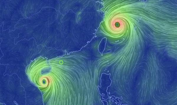 Bão số 10 mạnh thêm, đổ bộ Nghệ An - Quảng Trị