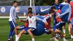 "Conte ""đổi món"" lạ khiến sao Chelsea cực phấn khích"