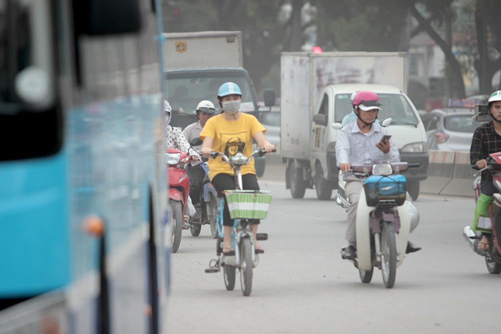 Hà Nội, ô nhiễm, đường Phạm Văn Đồng