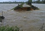 Bão quần thảo Hà Tĩnh-Quảng Bình, vỡ đê ở Lộc Hà