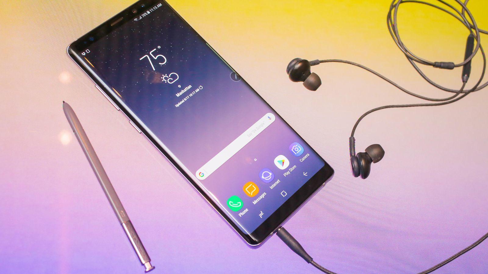 10 lý do Galaxy Note 8 đáng mua hơn nhiều so với iPhone X