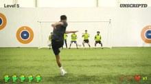 Tiền vệ MU tung cú sút xuất thần hạ gục 5 thủ môn
