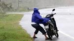 10 tiếng giáp mặt mắt 'siêu bão' tại Vũng Áng