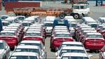 Đại hạ giá và tăng thuế: Dân buôn ô tô nhập chán nản